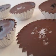 Chocolate-Covered Salted Peanut Cajeta Cups