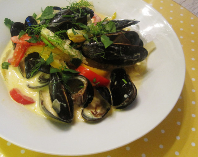 Mussels and Fennel with Saffron Cream Sauce | Spache the ...