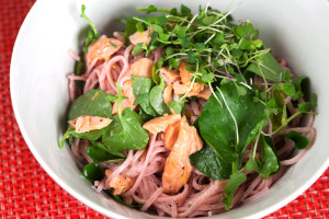 Pink Soba with Salmon and Watercress | spachethespatula.com #recipe