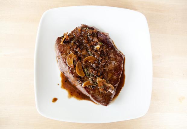Bison Steaks with Thyme-Marsala Sauce | spachethespatula.com #recipe