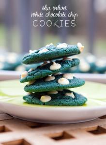 Blue Velvet White Chocolate Chip Cookies | spachethespatula.com #recipe