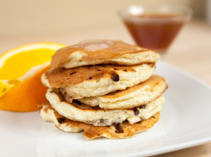 Cottage Cheese Pancakes with Spiced Orange Maple Syrup | spachethespatula.com #recipe