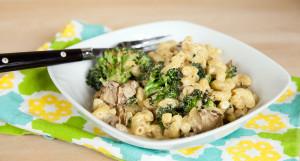 Macaroni & Cheeze with Roasted Broccoli and Criminis | spachethespatula.com #vegan #recipe