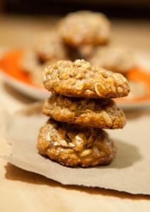 Orange-Tahini Pine Nut Cookies   spachethespatula.com #recipe (with #vegan and #gluten-free options!)
