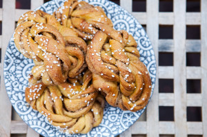 Pumpkin-Biscoff Knots | spachethespatula.com #recipe