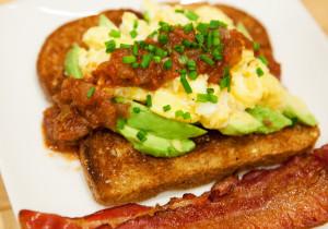 My Favorite Eggs (with avocado and salsa) | spachethespatula.com #recipe