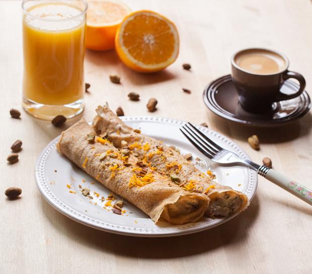 Cannoli Pancakes | spachethespatula.com #recipe
