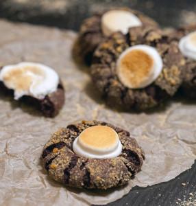 Chocolate S'mores Cookies | spachethespatula.com #recipe