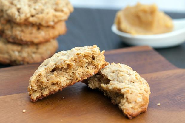 Miso-Oatmeal Cookies | spachethespatula.com #recipe