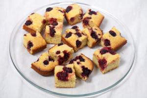 Blackberry-Lavender Cornbread | spachethespatula.com #recipe