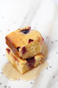 Blackberry-Lavender Cornbread   spachethespatula.com #recipe
