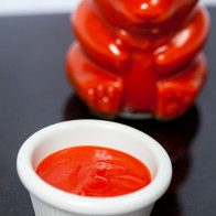 Homemade Sriracha | spachethespatula.com #recipe