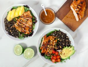Pineapple-Sriracha Chicken Salad Bowls with Wild Rice   spachethespatula.com #recipe