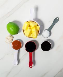Pineapple-Sriracha Marinade | spachethespatula.com #recipe