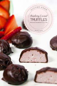 Strawberry-Coconut Truffles | spachethespatula.com #recipe