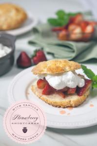 Strawberry Shortcakes   spachethespatula.com #recipe