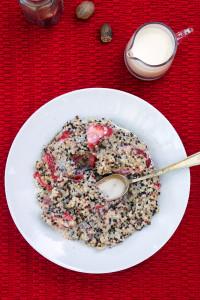 Strawberries and Cream Breakfast Quinoa   spachethespatula.com #recipe