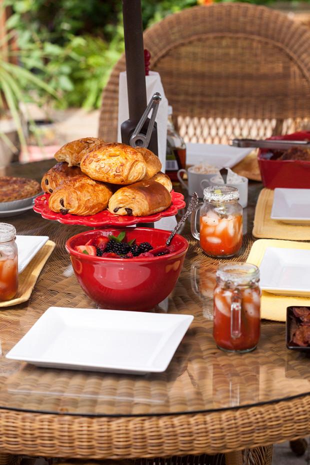 Mediterranean Bloody Marys | spachethespatula.com #recipe