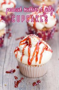PB&J Cupcakes | spachethespatula.com #recipe