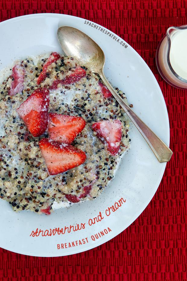 Strawberries and Cream Breakfast Quinoa | spachethespatula.com #recipe