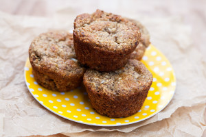 Banana Oat Muffins #glutenfree | spachethespatula.com #recipe