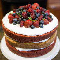 Red, White, and Blue Cake | spachethespatula.com #recipe