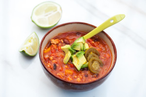 Skinny Turkey Chili | spachethespatula.com #recipe