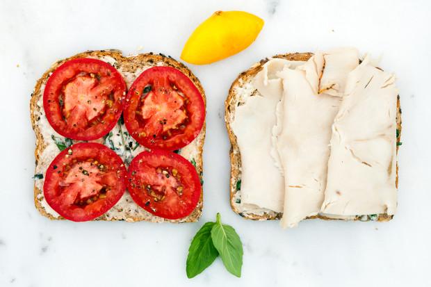 Turkey and Tomato Panini | spachethespatula.com #recipe