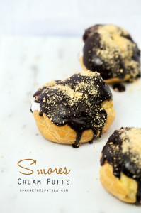 S'mores Cream Puffs | spachethespatula.com #recipe