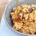 Pumpkin Pie Steel-Cut Oatmeal with Walnuts and Maple Syrup | spachethespatula.com #recipe