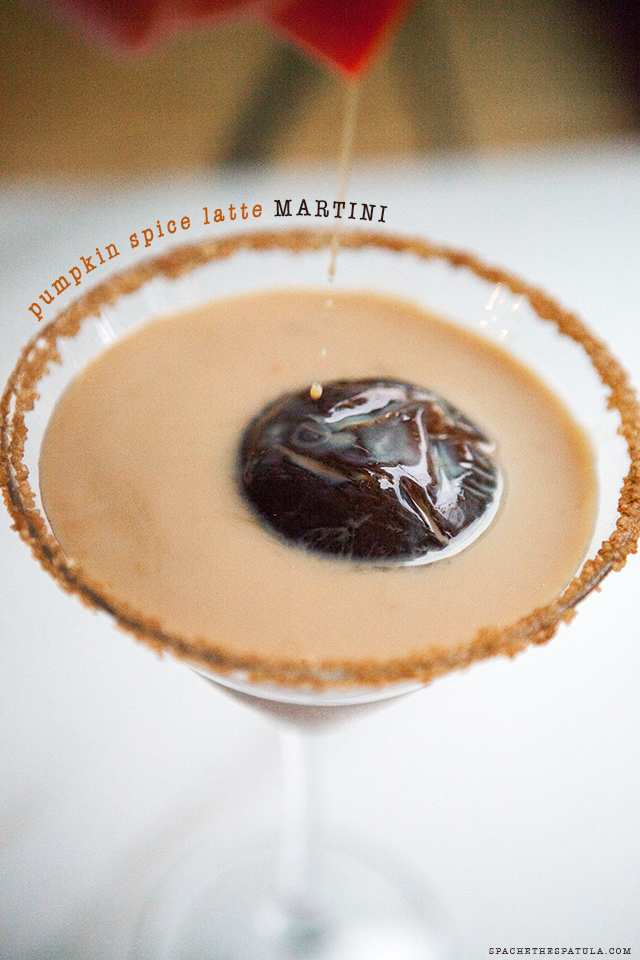 Pumpkin Spice Latte Martini | spachethespatula.com #recipe