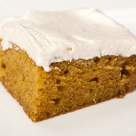 Pumpkin Sheet Cake with Lavender-Sour Cream Frosting | spachethespatula.com #recipe