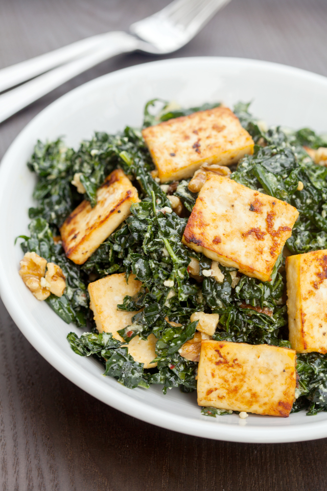 The BEST kale salad you will EVER try...seriously! | spachethespatula ...