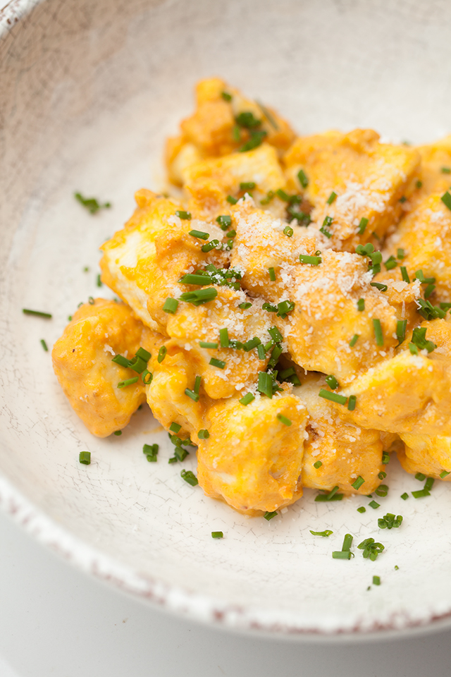 Homemade gnocchi takes just 15 minutes to make! Serve it with this outrageously tasty roasted carrot sauce for one of the best meals you'll ever taste! | spachethespatula.com #recipe