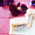 These pretty, little cheesecake squares are creamy, dreamy, no-bake delights! | spachethespatula.com #recipe