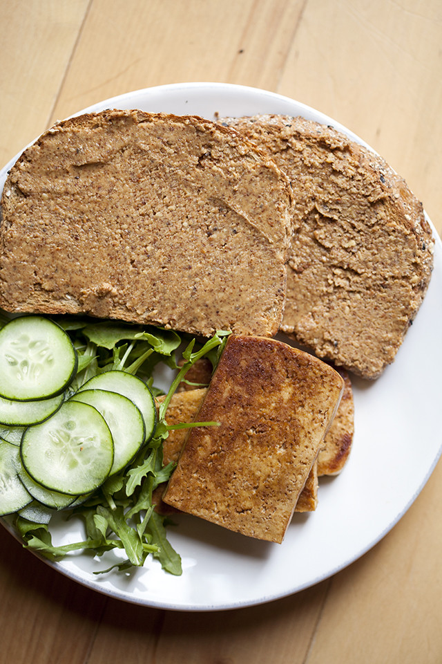 I have been eating this strange-sounding #vegan sandwich for almost 10 years, and it's a personal favorite!   spachethespatula.com #recipe