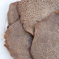 This spongy, slightly sour flatbread is an important part of any Ethiopian feast! | spachethespatula.com #recipe #vegan #glutenfree