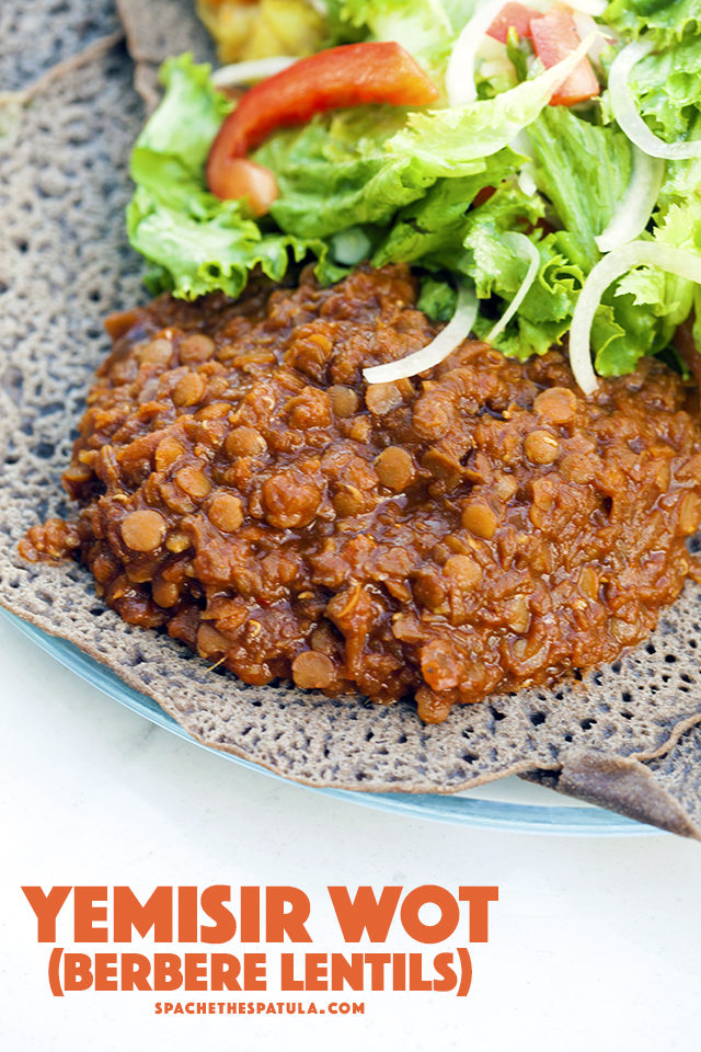 This deeply spiced lentil dish is perfect served with spongy injera bread. | spachethespatula.com #recipe #vegan
